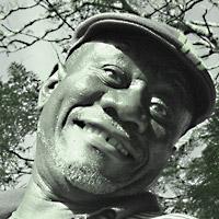 Lenny selfie  www.locationkenya.com